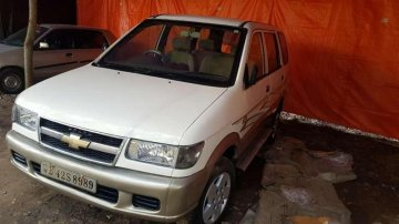 Used Chevrolet Tavera Neo car 2011 for sale at low price