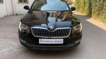 Used Skoda Superb 2014 car at low price
