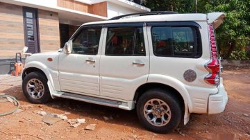 Used Mahindra Scorpio car 2005 for sale at low price