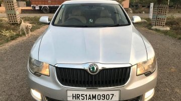 Used 2011 Skoda Superb 1.8 TSI AT for sale