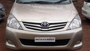 Used Toyota Innova car MT for sale at low price