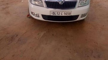 Skoda Laura Ambiente 1.9 PD 2009 MT for sale