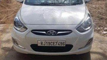 Used Hyundai Verna car 1.4 CRDI MT at low price