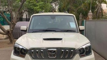 2015 Mahindra Scorpio MT for sale at low price