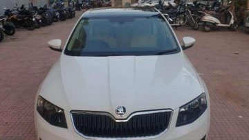 Used Skoda Octavia MT car at low price