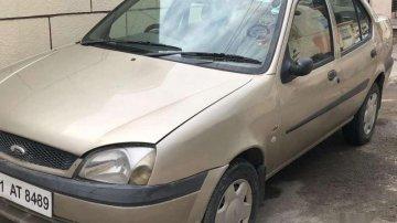 Used Ford Ikon car MT at low price
