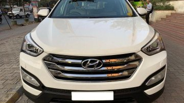 2015 Hyundai Santa Fe 4x4 AT for sale at low price