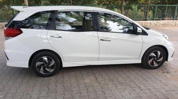 Used Honda Mobilio  RS Option i-DTEC MT car at low price