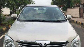 Used Toyota Innova 2.5 VX 7 STR 2012 MT for sale