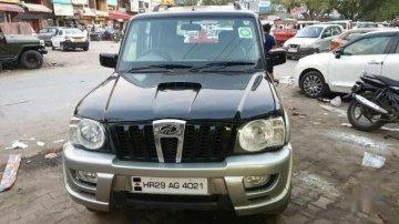 Mahindra Scorpio SLE BS-IV, 2014, Diesel MT for sale