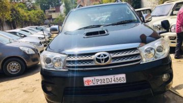Toyota Fortuner 2.8 4X4 MT, 2010, Diesel for sale
