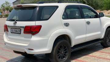 Toyota Fortuner 2011-2016 4x2 4 Speed AT TRD Sportivo for sale