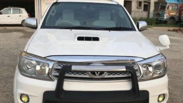 Toyota Fortuner 4x4 MT 2011 for sale