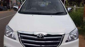 Toyota Innova MT 2011 for sale