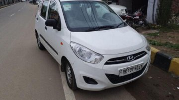 Used Hyundai i10 MT car at low price