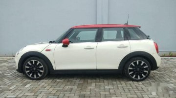 2017 Mini Cooper 5 DOOR AT for sale