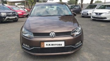 Volkswagen Polo 1.2 MPI Highline 2017 MT for sale in Ahmedabad