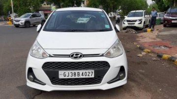 Hyundai Grand i10 2016-2017 CRDi Sportz MT for sale in Ahmedabad