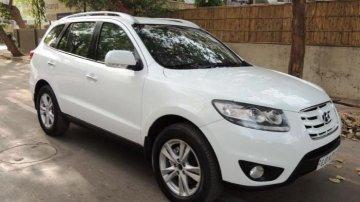 Hyundai Santa Fe 2009-2013 4x4 AT for sale in Ahmedabad