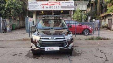 Toyota Innova Crysta 2017 MT for sale in Mumbai