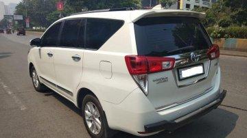 Toyota Innova Crysta 2.4 VX MT 8S BSIV in Thane
