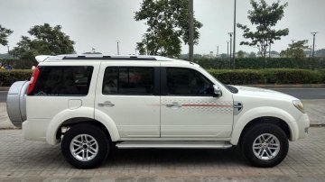 Used 2011 Ford Endeavour Version 3.0L 4X4 AT for sale in Ahmedabad