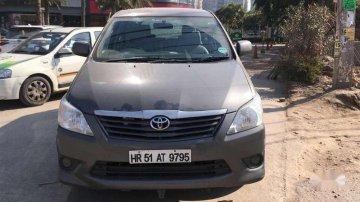 Used Toyota Innova 2.5 GX 7 STR 2012 MT for sale in Chandigarh