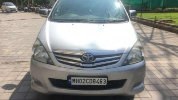 Used Toyota Innova 2011 MT for sale in Thane