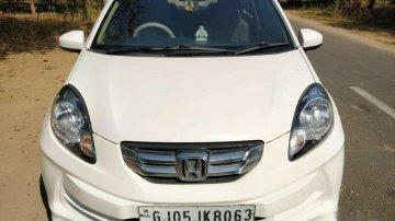 Used 2015 Honda Amaze MT car at low price in Ahmedabad