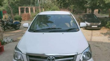 Used Toyota Innova 2006 MT for sale in Lucknow