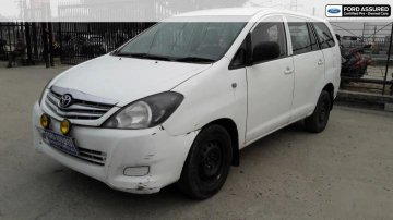 Used 2009 Toyota Innova 2.5 VX 8 STR MT for sale in Siliguri