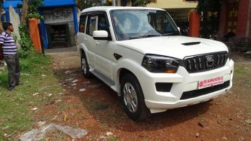 Used 2017 Mahindra Scorpio S4 7 Seater MT for sale in Kolkata