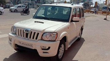 Used Mahindra Scorpio VLX 2013 AT for sale in Jaipur