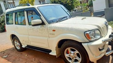 Used 2014 Mahindra Scorpio VLX MT for sale in Visakhapatnam