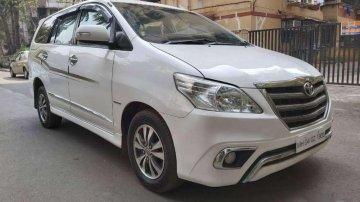 Used Toyota Innova 2.5 VX 7 STR 2015 MT for sale in Goregaon