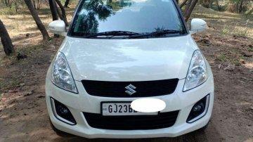 Used 2017 Maruti Suzuki Swift VXI MT for sale in Anand