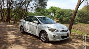 Hyundai Verna 2012 MT for sale in Vadodara
