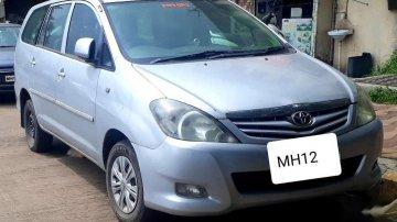 2011 Toyota Innova MT for sale in Pune