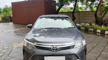 Used Toyota Camry 2.5 G 2016 AT for sale in Thane