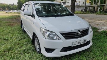 Used Toyota Innova 2.5 G  2012 MT for sale in Ahmedabad