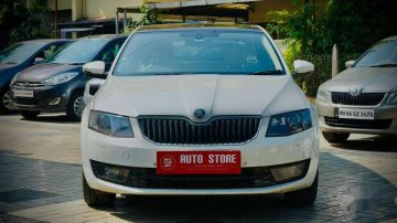 2015 Skoda Octavia AT for sale in Dhule
