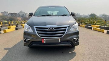 Used 2014 Innova  for sale in Chinchwad