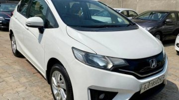 Used 2016 Jazz 1.5 V i DTEC  for sale in Ahmedabad
